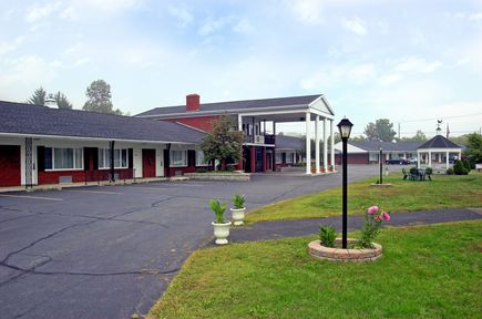 Best Western Marshall Manor